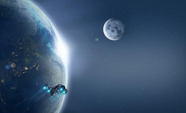 Raumschiff vor Planet und Mond