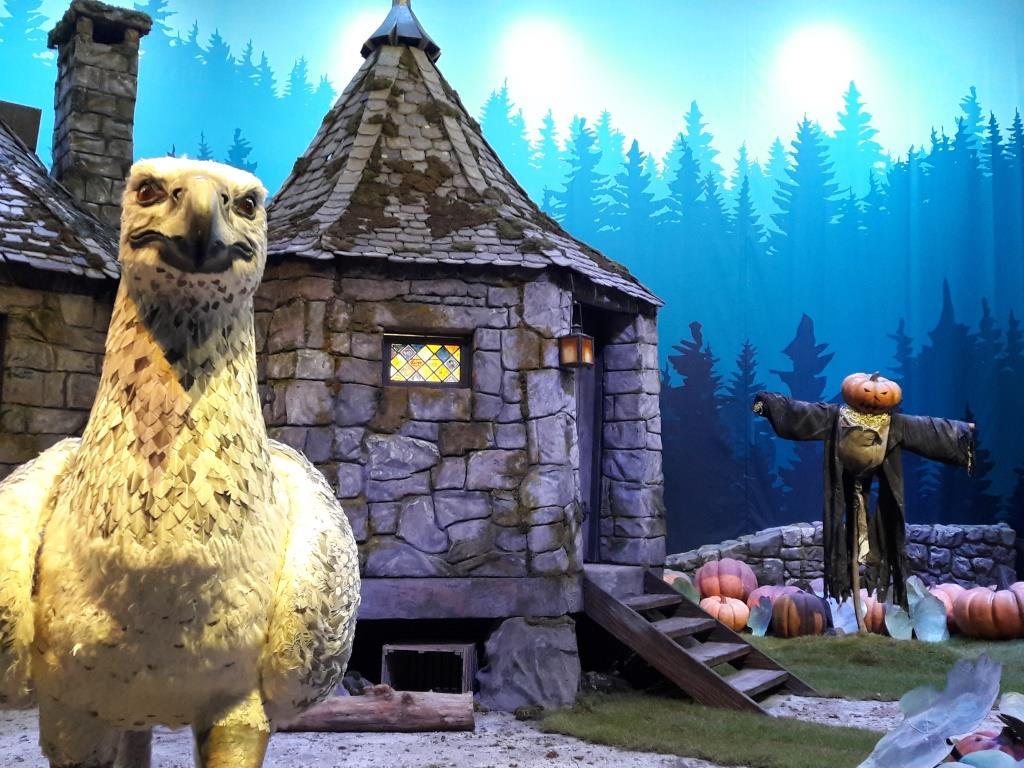 Hagrids Hütte mit Seidenschnabel