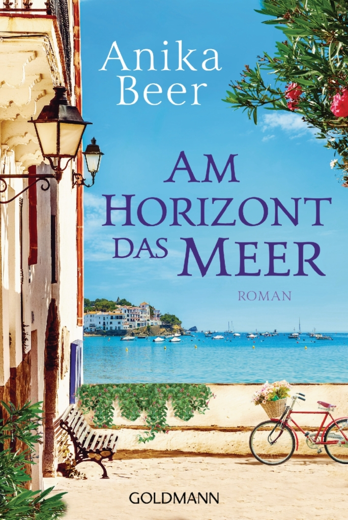 """Cover zu """"Am Horizon das Meer"""", zeigt eine Mittelmeerlandschaft mit Küste, Schiffen, Bank und Fahrrad"""